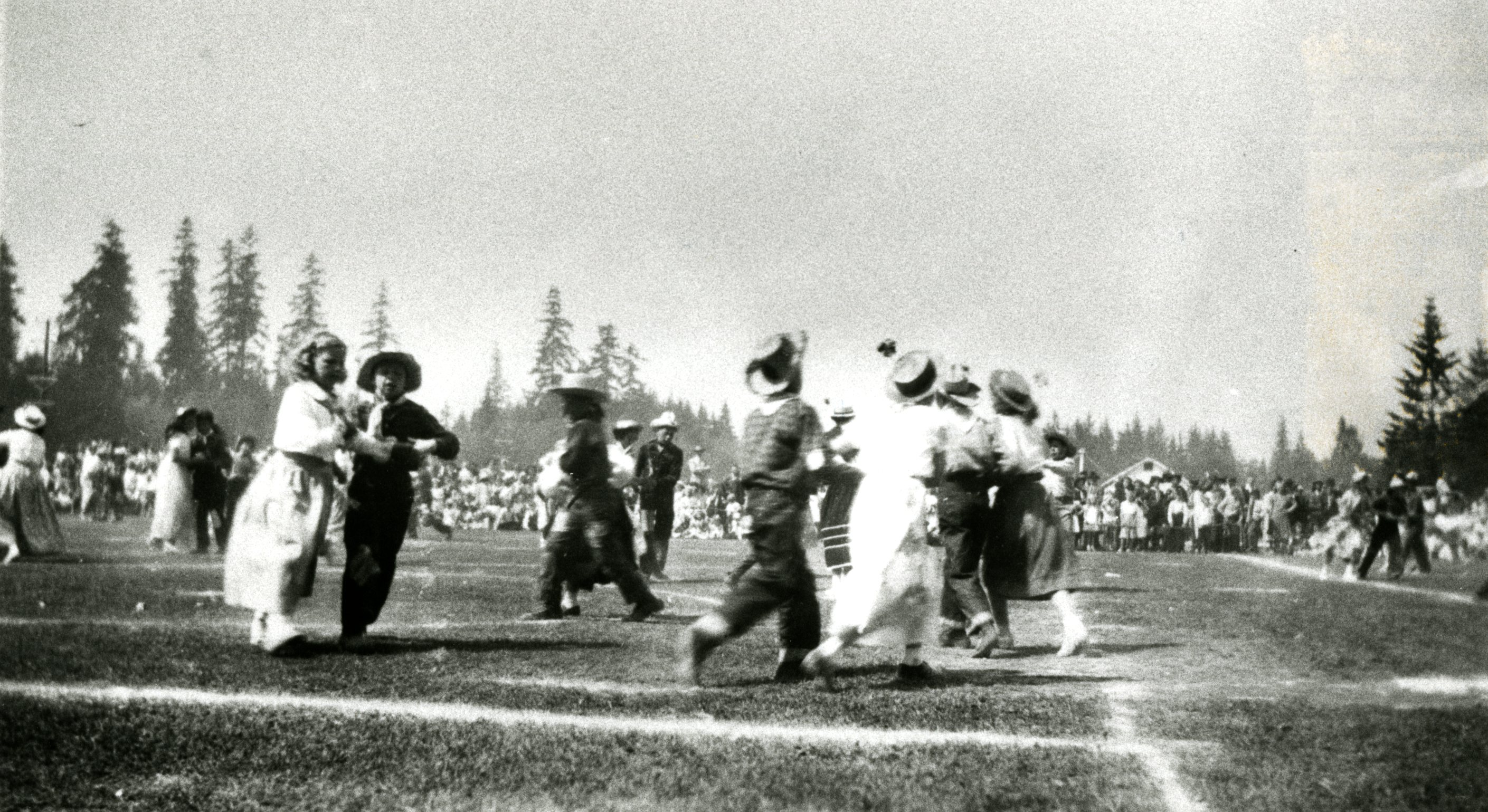 Children Dancing at the May Day Celebrations at Blue Mountain Park, 1940s (JPG) Opens in new window
